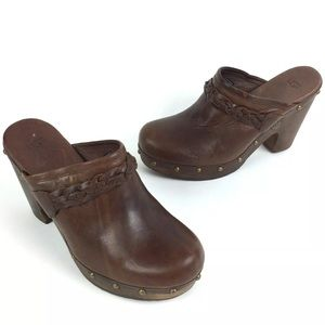 UGG Kaylee Leather Studded Mule Clogs 8 Brown